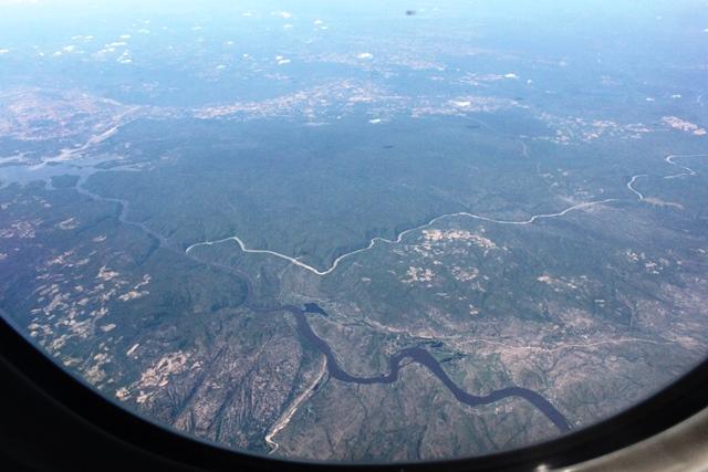 右下はザンベジ川