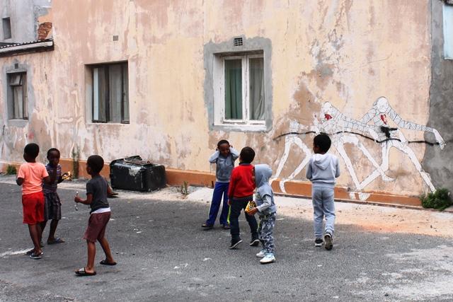 南アフリカ アパルトヘイト 歴史:南アの未来を担ぐ子供達