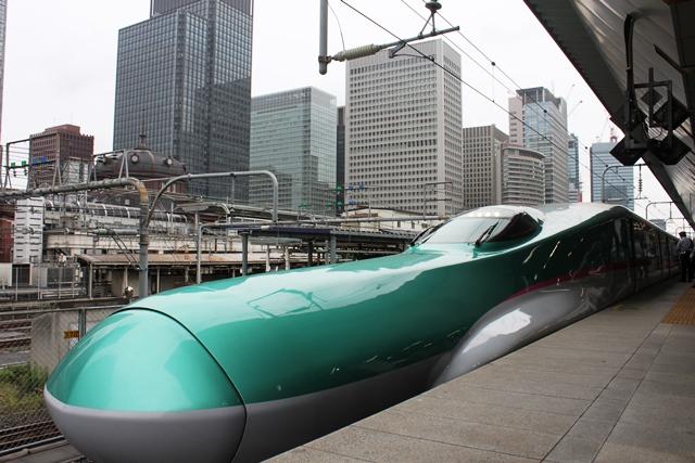 E5系新幹線@東京駅