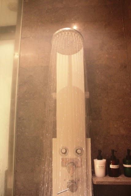 水量たっぷりのシャワー