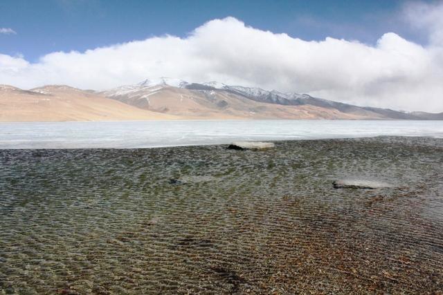 やはり湖が目玉(写真は4月撮影)
