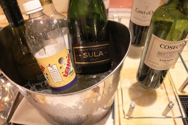 スーラのスパークリングワインあり