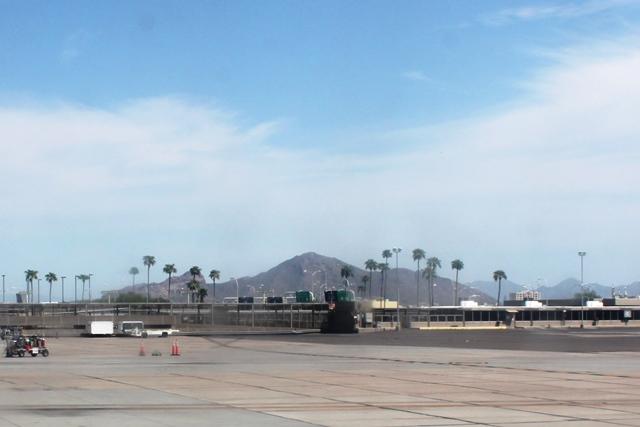 フェニックス空港周辺の景色