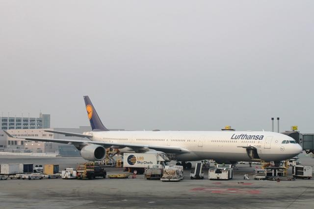 ルフトハンザA340-600機