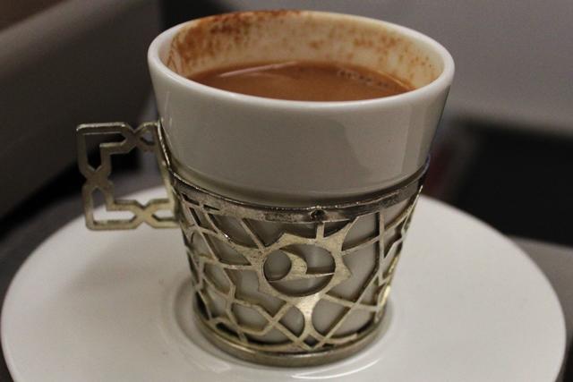 飲み物はトルココーヒーを