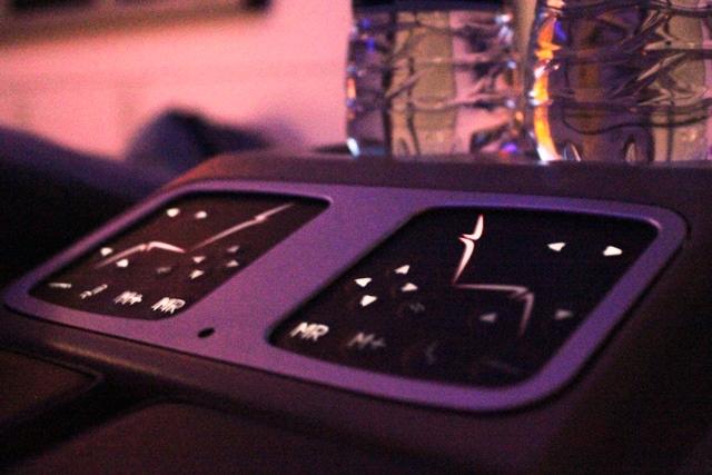 メインのシート操作ボタン