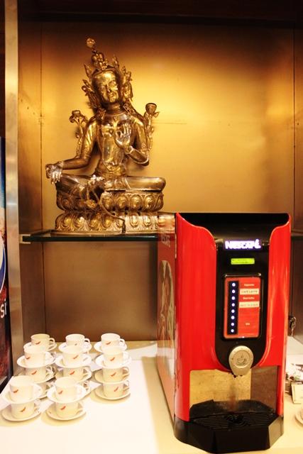 インスタントコーヒーマシン