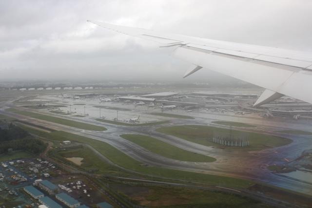 成田空港に着陸