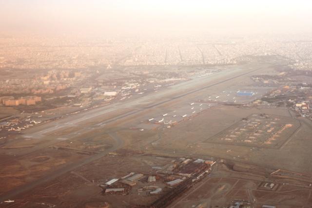 メヘラーバード空港