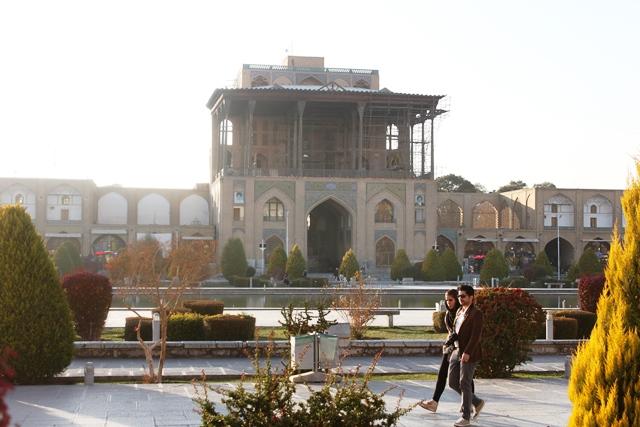 アリー・カープー宮殿