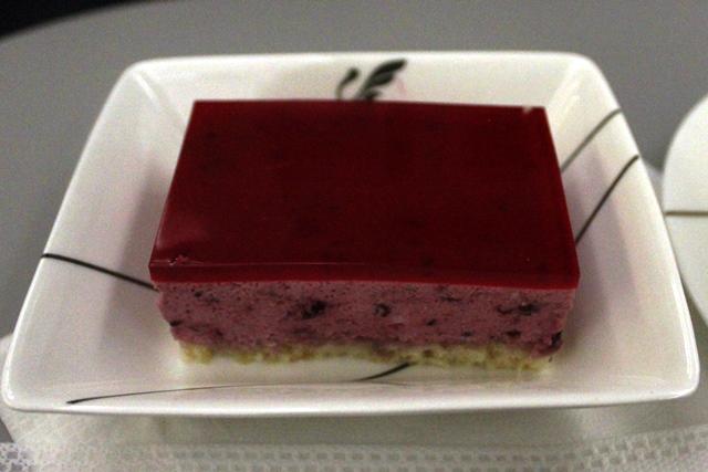 マルベリーのケーキ