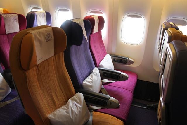 タイ航空 777-200 エコノミー:エコノミー座席