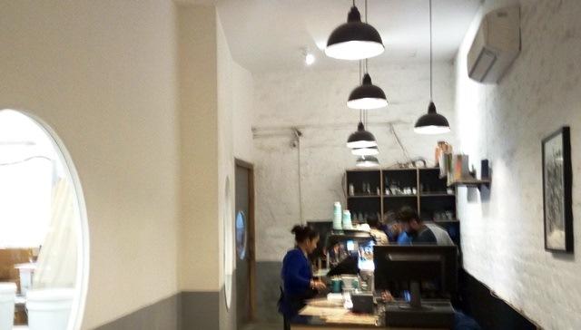 インド コーヒー Blue Tokai:店内