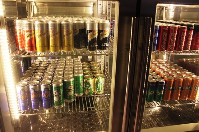 缶ビールやソーダ類