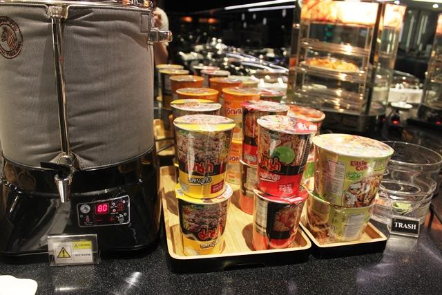 タイのカップ麺