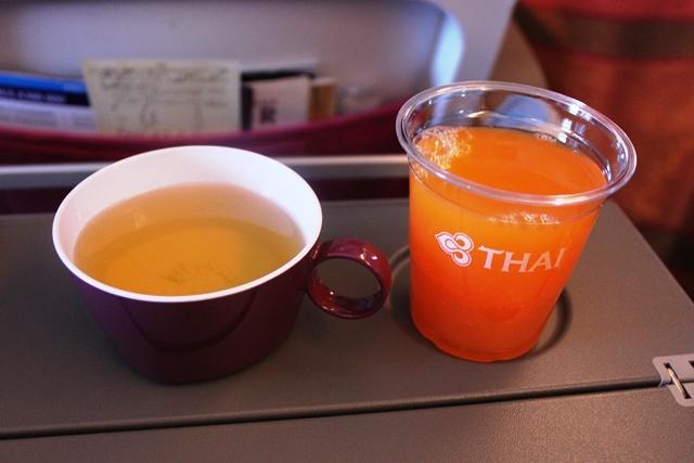 緑茶とジュース