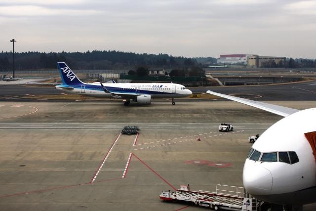 ANAA320機