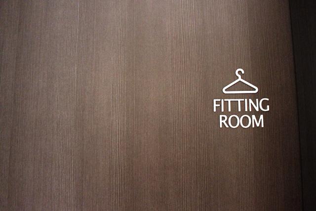 着替え室入口