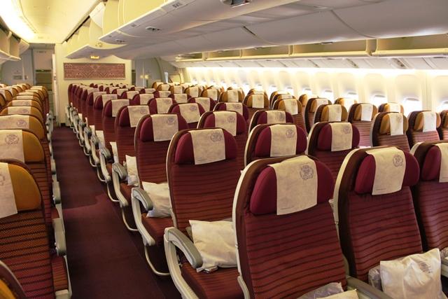 タイ航空 777-300ER エコノミー:エコノミーキャビン