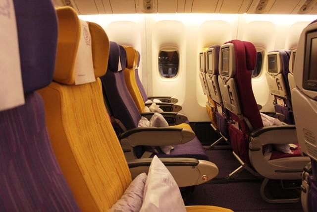 タイ航空 デリー エコノミー:座席
