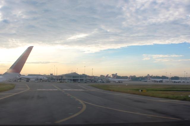 コロンボ空港の朝焼け