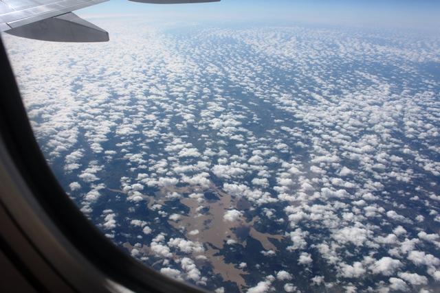 マラウィ付近上空