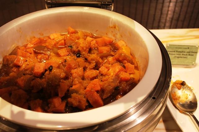かぼちゃと野菜を煮たもの