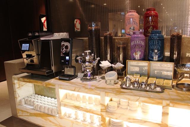 TWGのティーバッグとコーヒーマシン