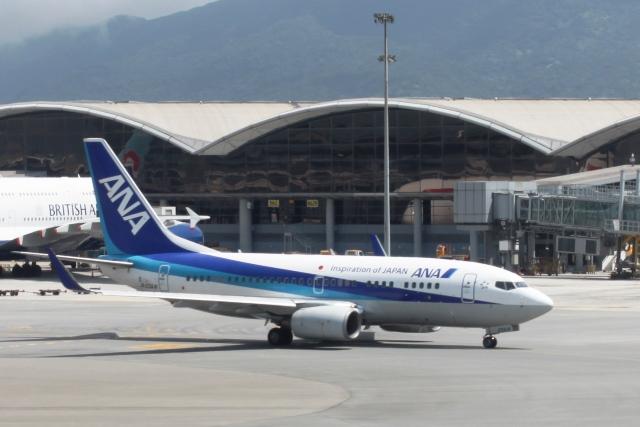 ANAB737-700機