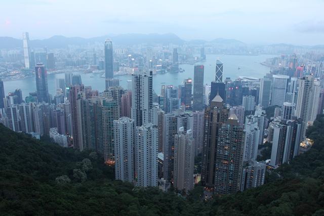 夕方の香港