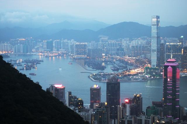 右側に香港貿易発展局