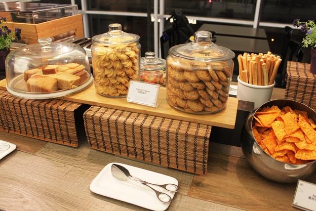 クルミのクッキーやトルティーヤ等