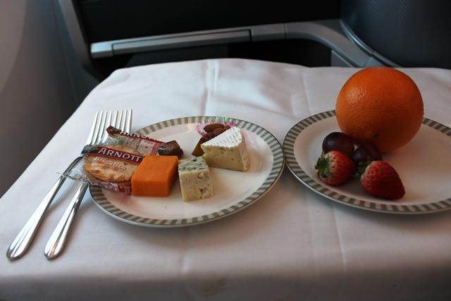 チーズとフルーツ