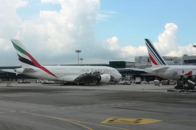 エミレーツのA380機