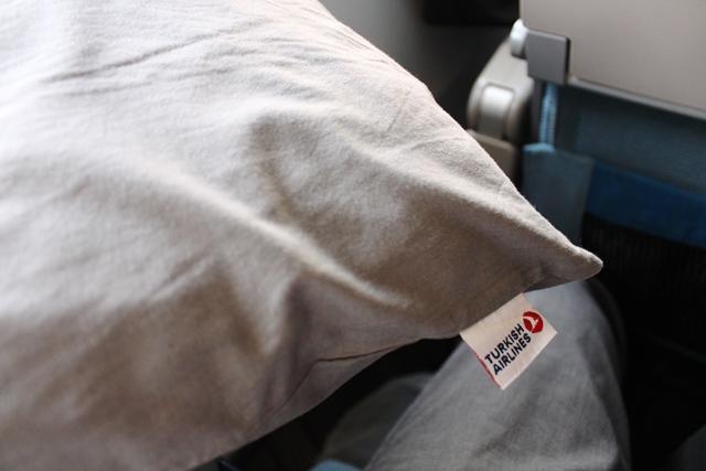 コットン製の枕カバー
