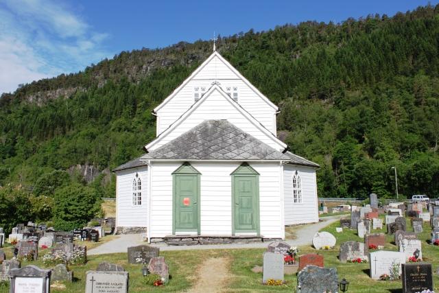 教会の裏扉