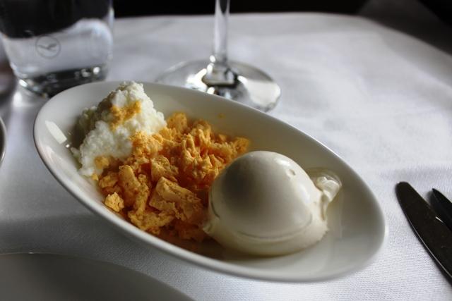 サワークリーム、卵黄