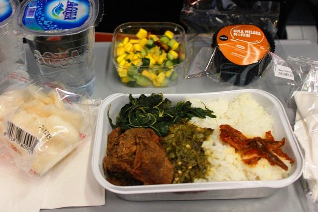 エアアジア国内線機内食セットメニュー