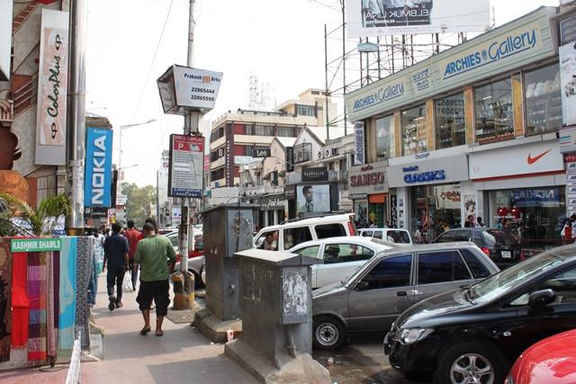 バンガロールの中心地ブリゲードロード(2010年)