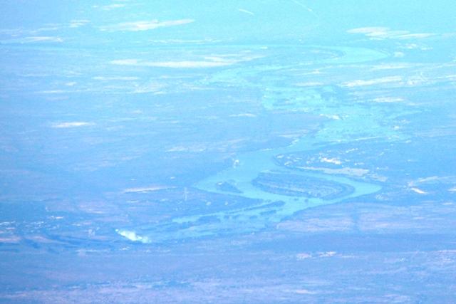 ザンベジ川とビクトリアフォールズ