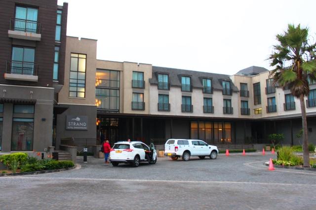 ストランドホテル外観