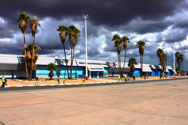ターミナル全景