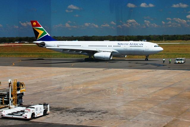 南アフリカ航空A330機