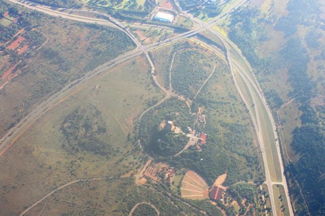 プレトリアのフォールトレッカー開拓記念碑上空